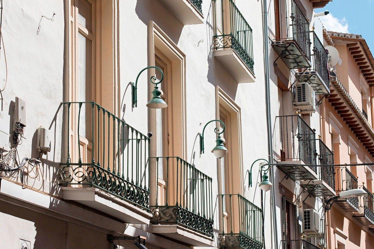 EDIFICIO SITUADO EN PLENO CORAZÓN DE GRANADA IDEAL PARA PROMOTORES O EMPRESAS DE ALQUILER TURÍSTICO., Granada