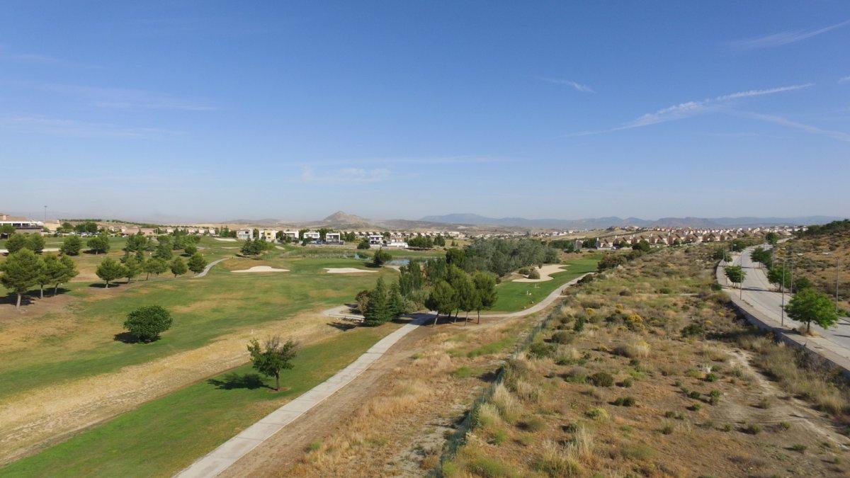 Parcelas santa clara golf en Otura