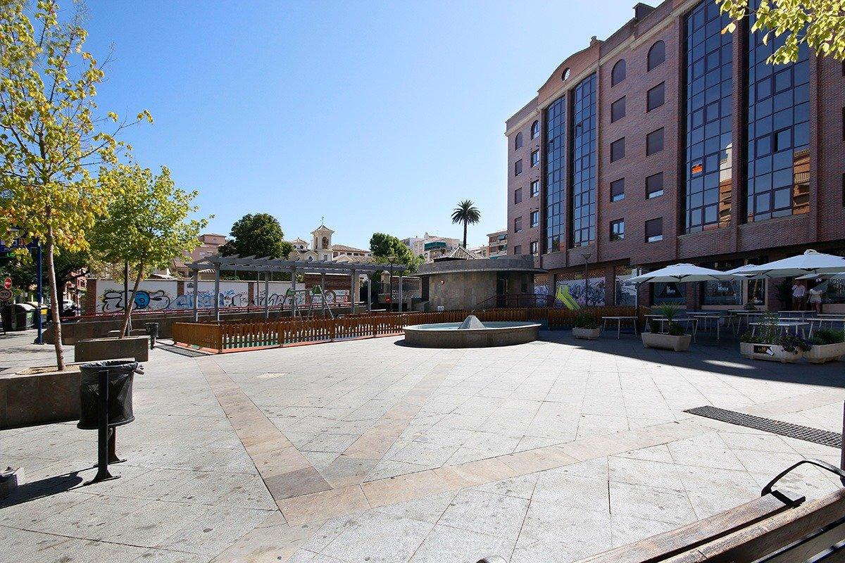 Junto plaza menorca