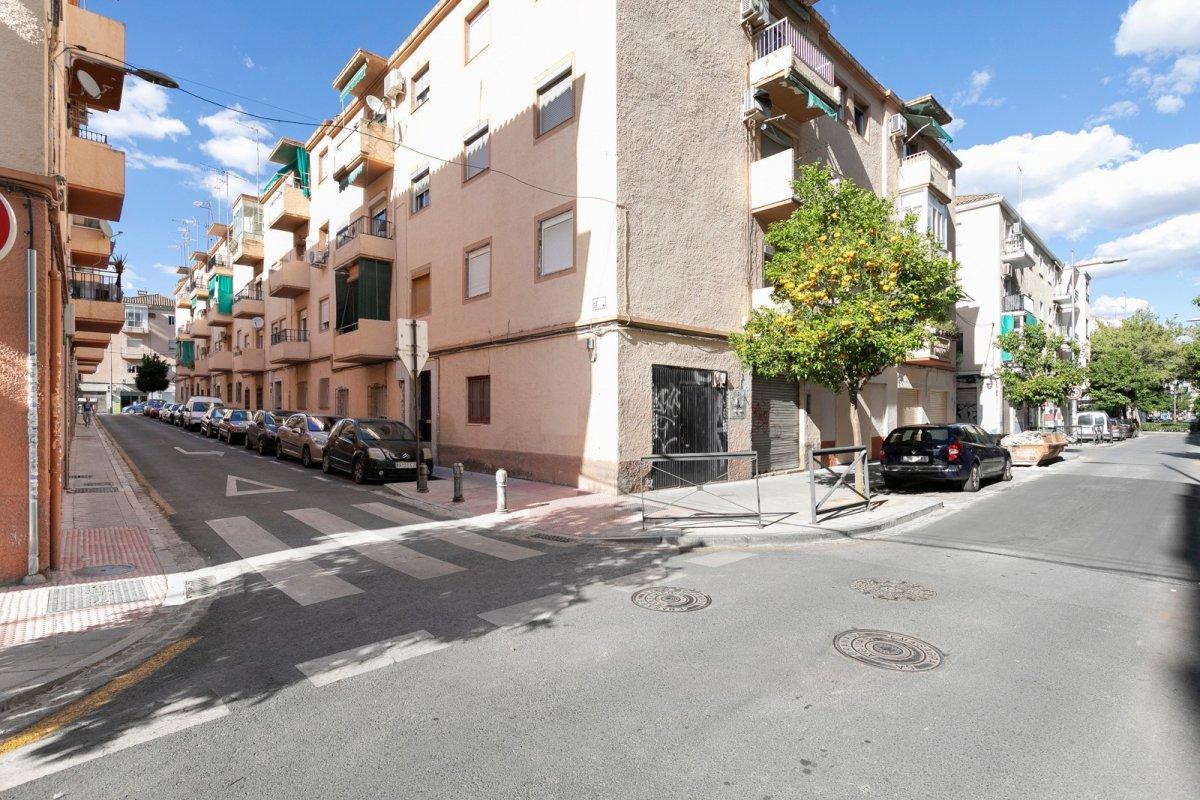 Piso Calle Azor, Granada
