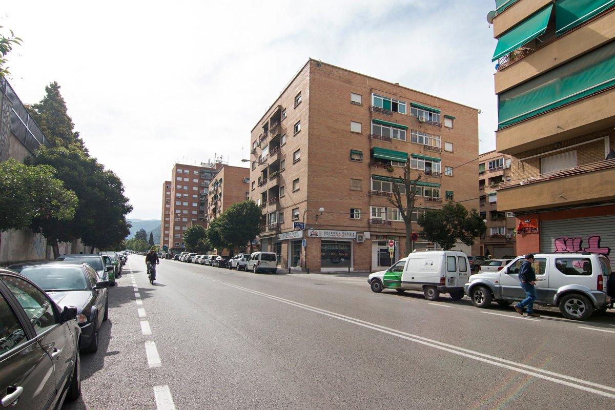 Piso en Ctra. de la Sierra, Granada