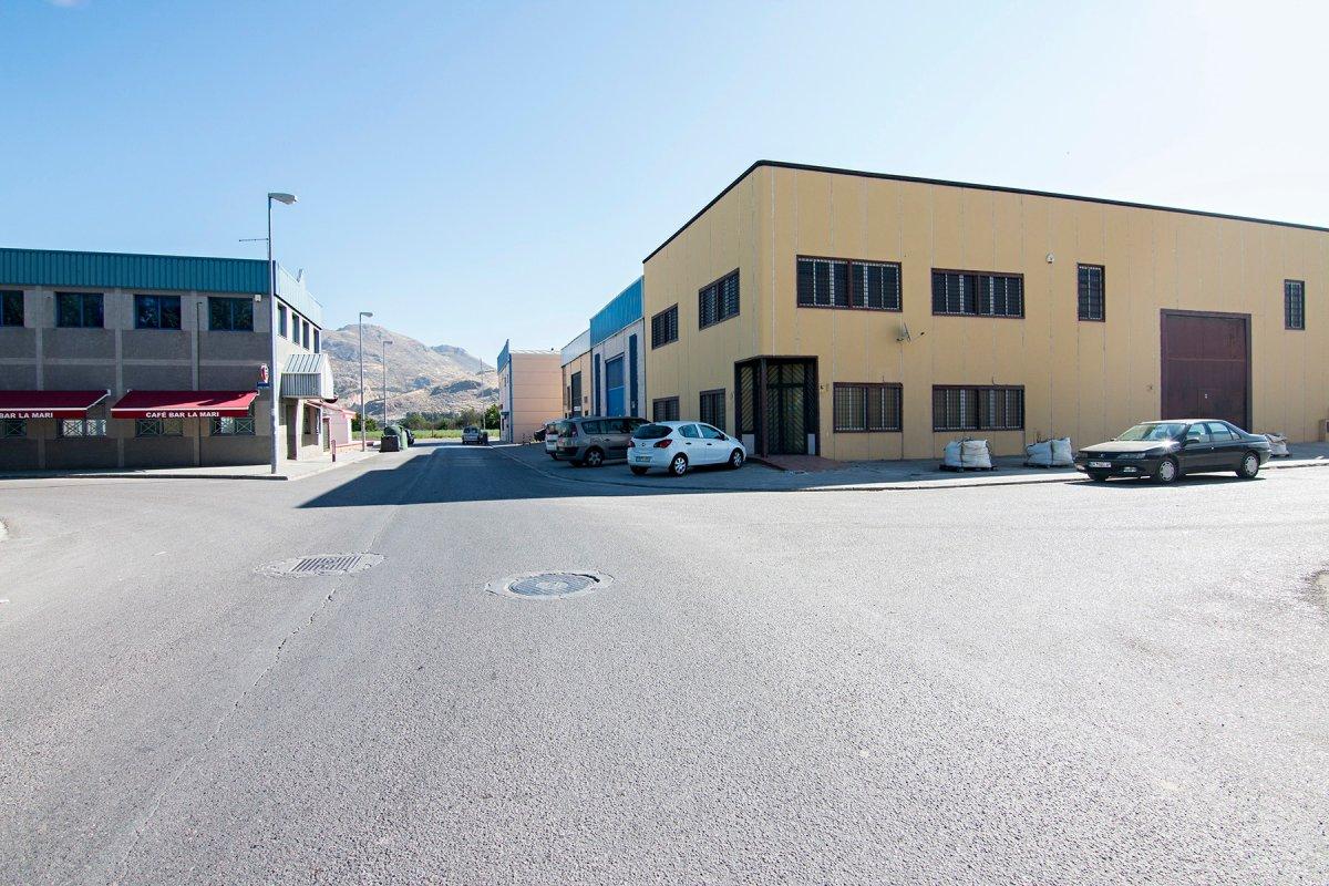 Nave Industrial en Fuente Vaqueros., Granada