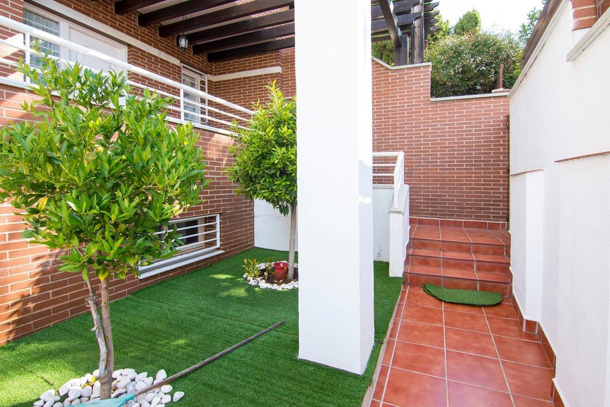Casa pareada en Huetor Vega., Granada