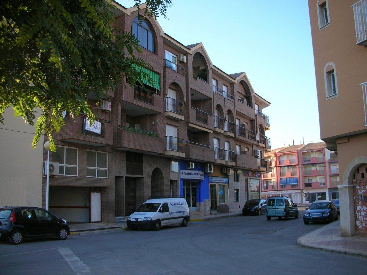 garaje en puerto-de-mazarron · centro 9000€