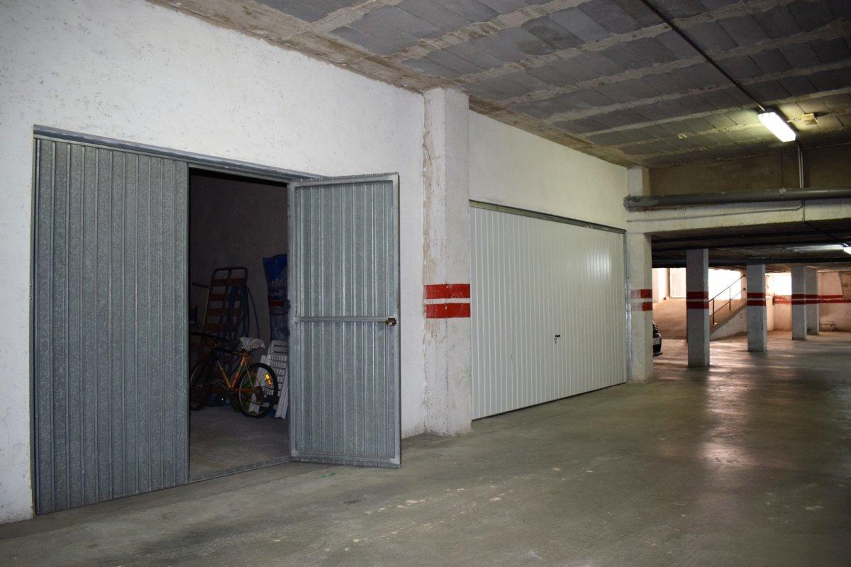 Garajes - 1513-83b
