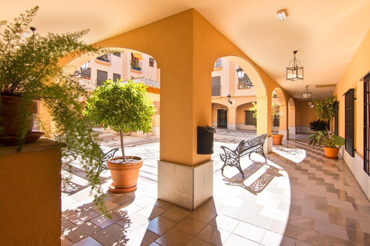 Duplex con terraza, garaje y trastero junto a la Acera del Darro, Granada