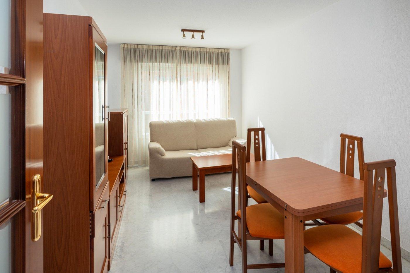 Apartamento seminuevo en barrio san lázaro
