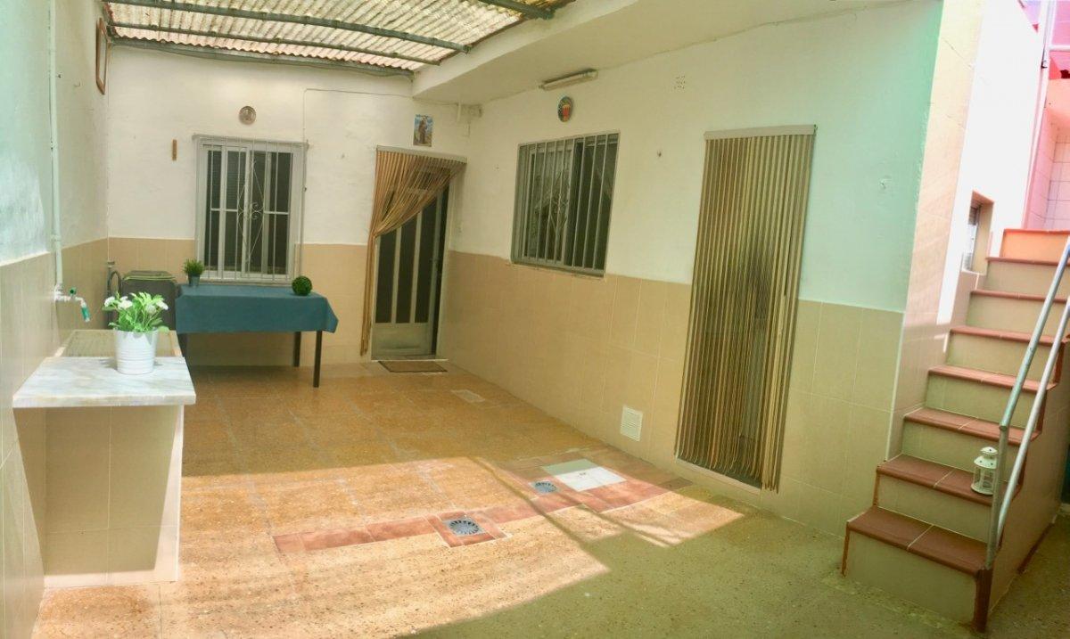 casa en massamagrell · barrio-magdalena 98000€