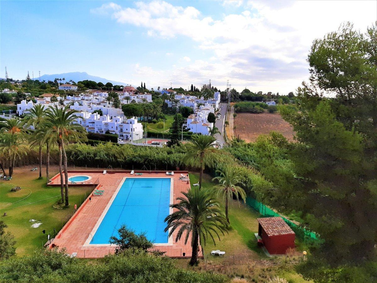 Flat for sale in Estepona este, Estepona