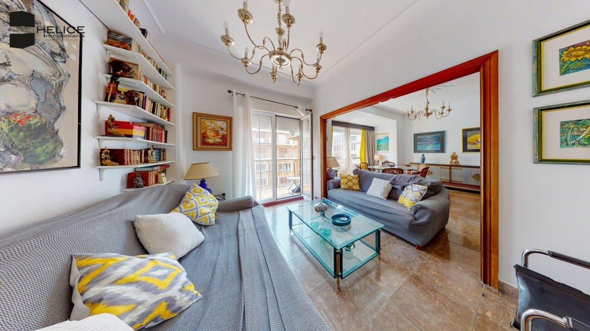piso en valencia · el-mercat 325000€