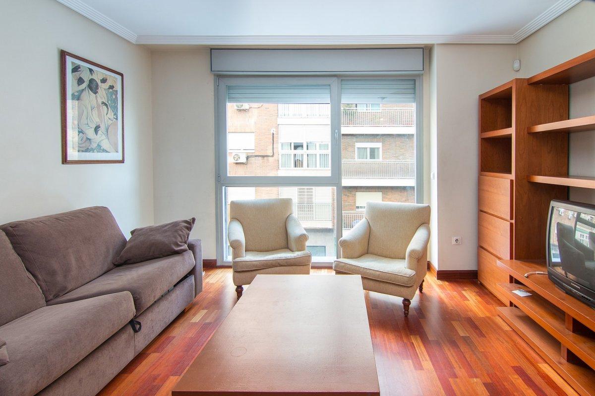 Moderno piso de dos dormitorios con una estupenda ubicación., Granada