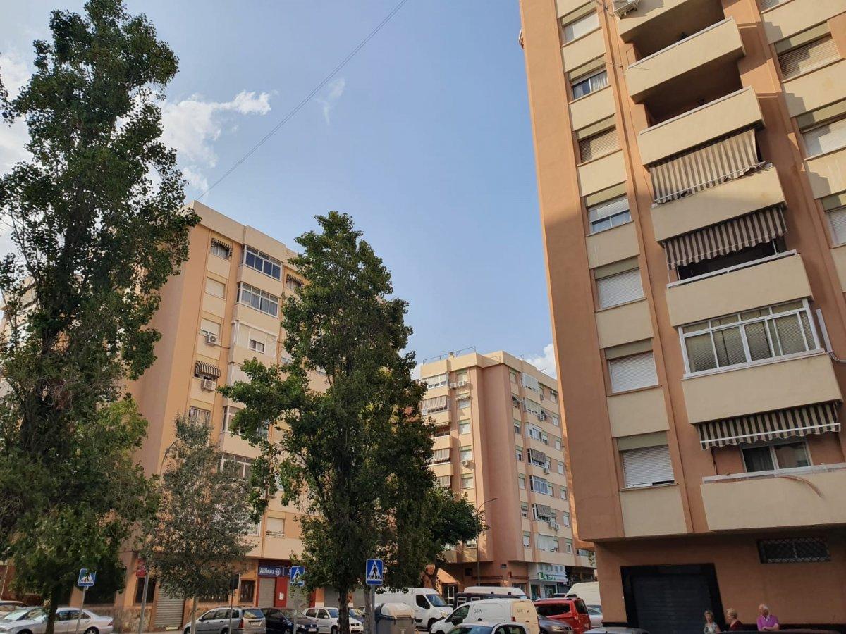 apartment en malaga · la-roca 145000€
