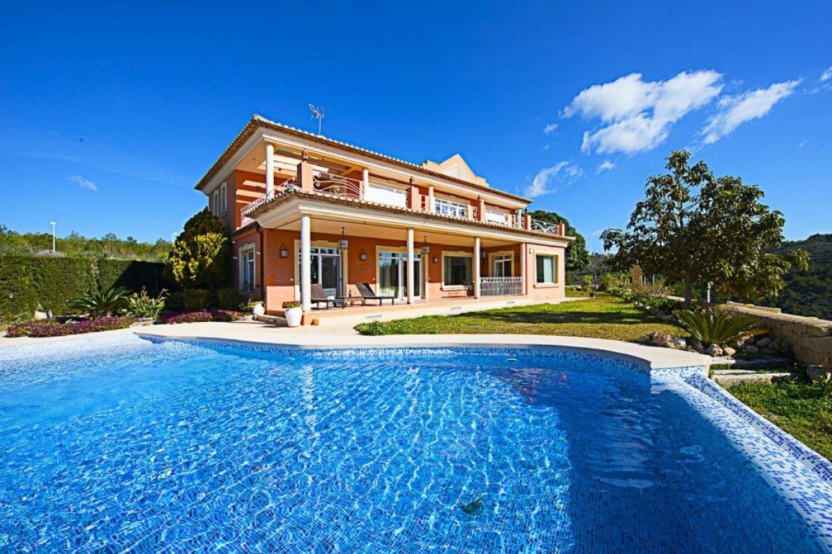 luxury-villa en calpe · empedrola 1280000€