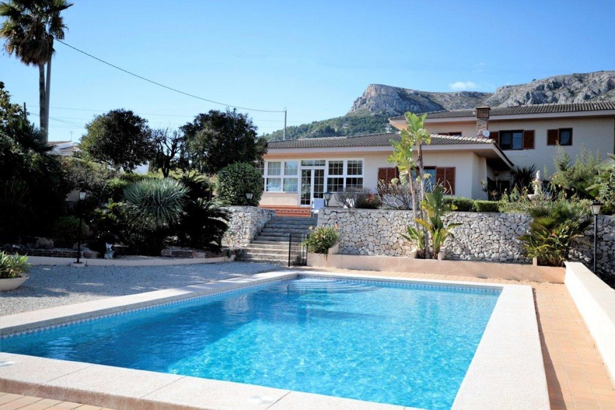 villa-de-luxe en calpe · benicolada 1200000€