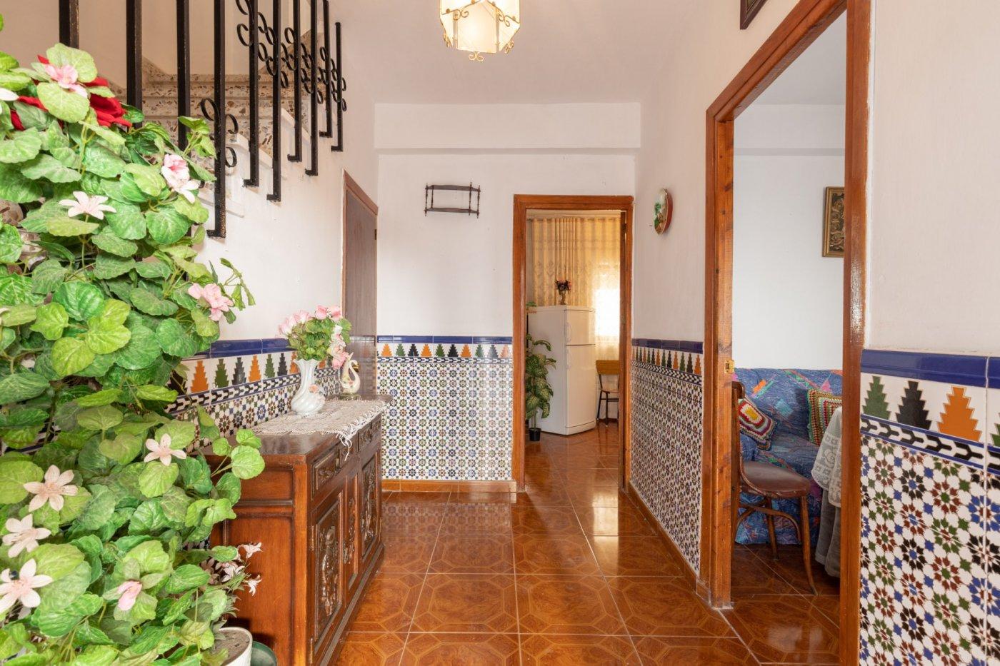 Venta de bonita casa en albuñuelas