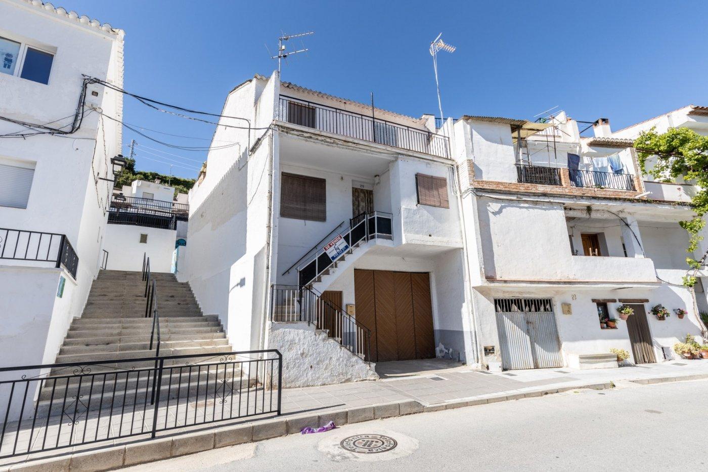 Acogedora y estupenda  casa en albuñuelas