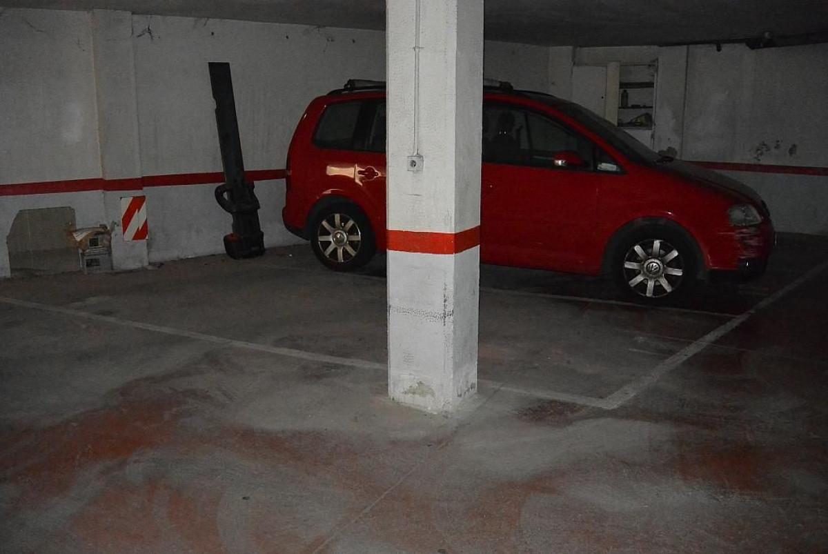 parking en castelldefels · centro 19000€