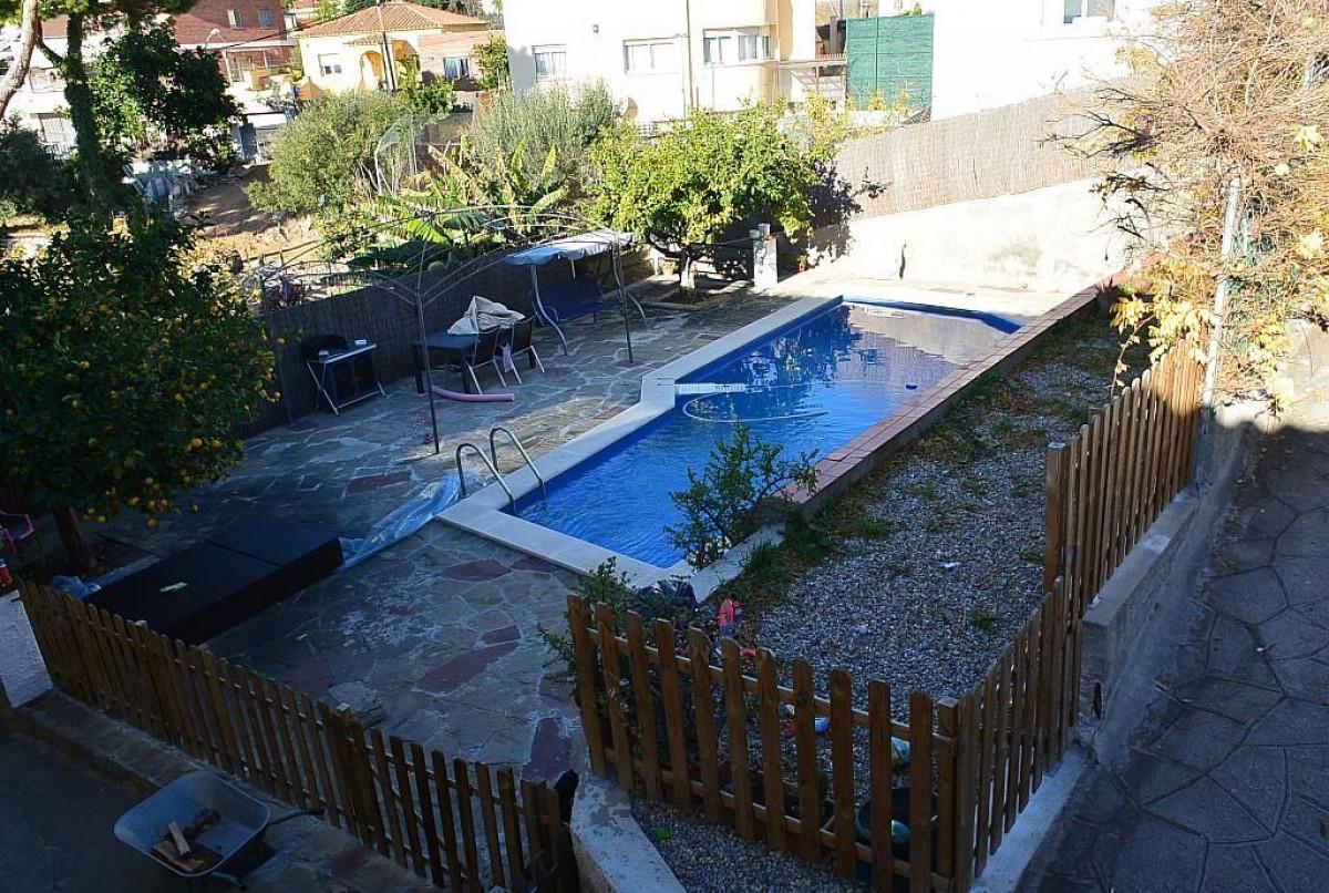 terreno-urbano en viladecans · albarrosa 280000€