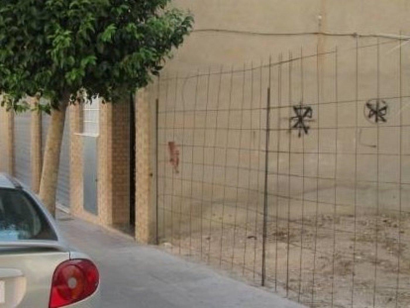 terreno-urbano en petrer · casco-antiguo---salinetas 65000€