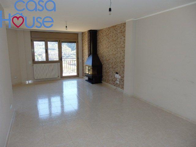 Fantàstic pis de 4 habitacions situat a la zona de Hort de Godi d'Encamp