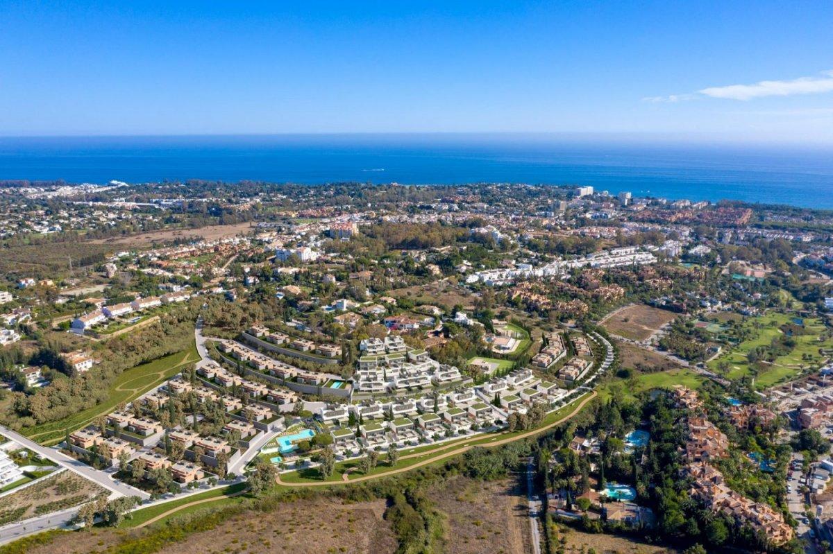 Pareado en venta en Atalaya Golf, Estepona