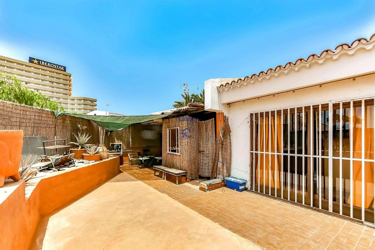 House for sale in San Eugenio, Adeje
