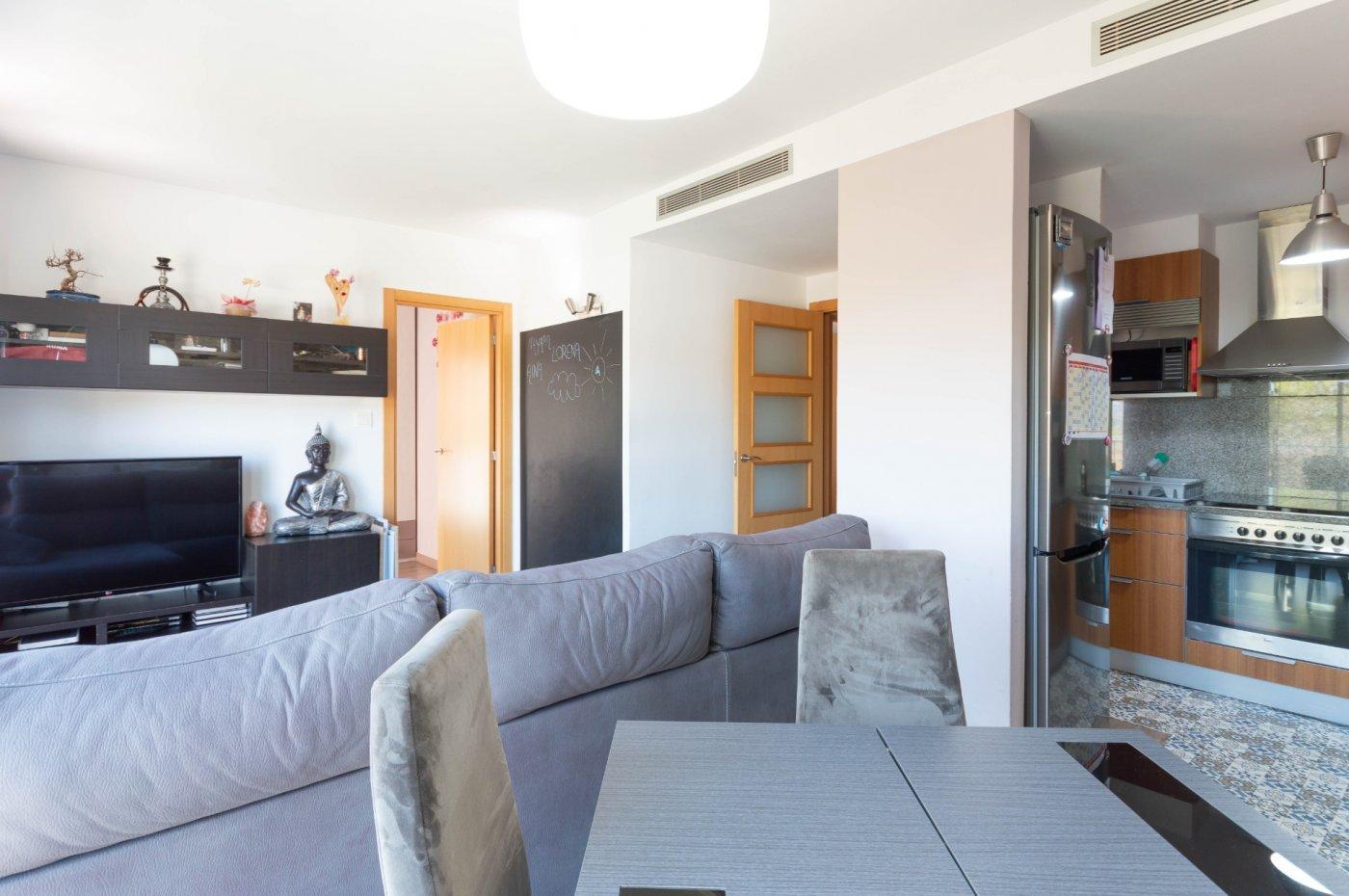 Piso de 50 m² en st. andreu de la b. zona raval de corbera. 2 hab., 1 baño, parking y tras - imagenInmueble1