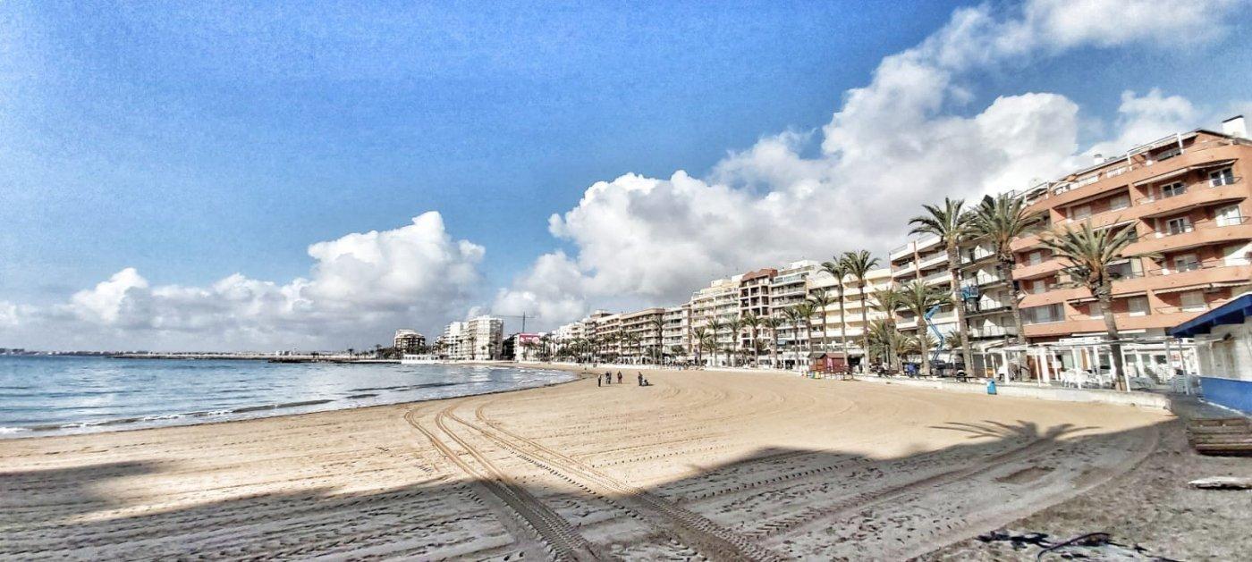 apartamento en torrevieja · playa-de-los-locos 126990€