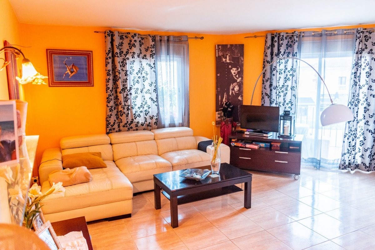 Flat for sale in Campos, Campos