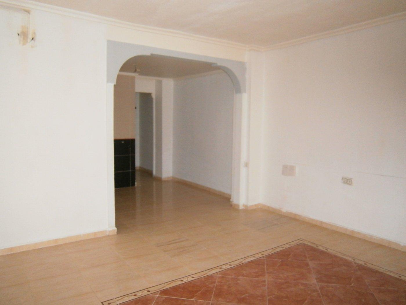 piso en elche · plaza-barcelona 57500€