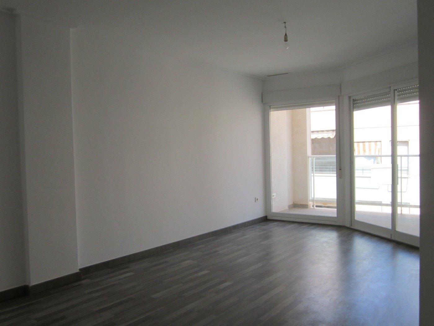 piso en santa-pola · playa-levante 149500€