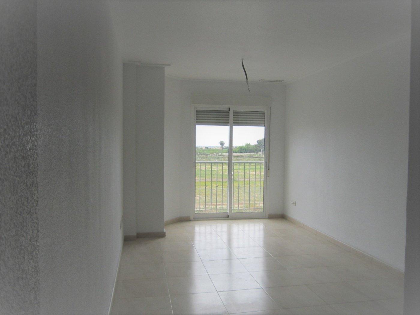 piso en elche-pedanias · torrellano 75000€