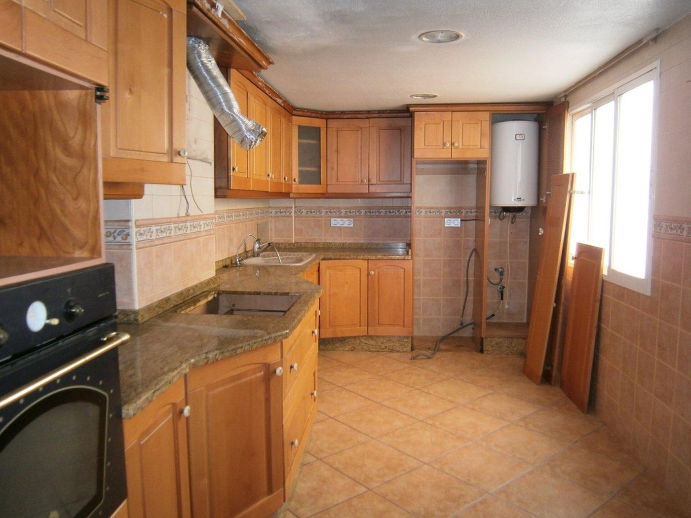 piso en elche · asilo---pisos-azules 59900€