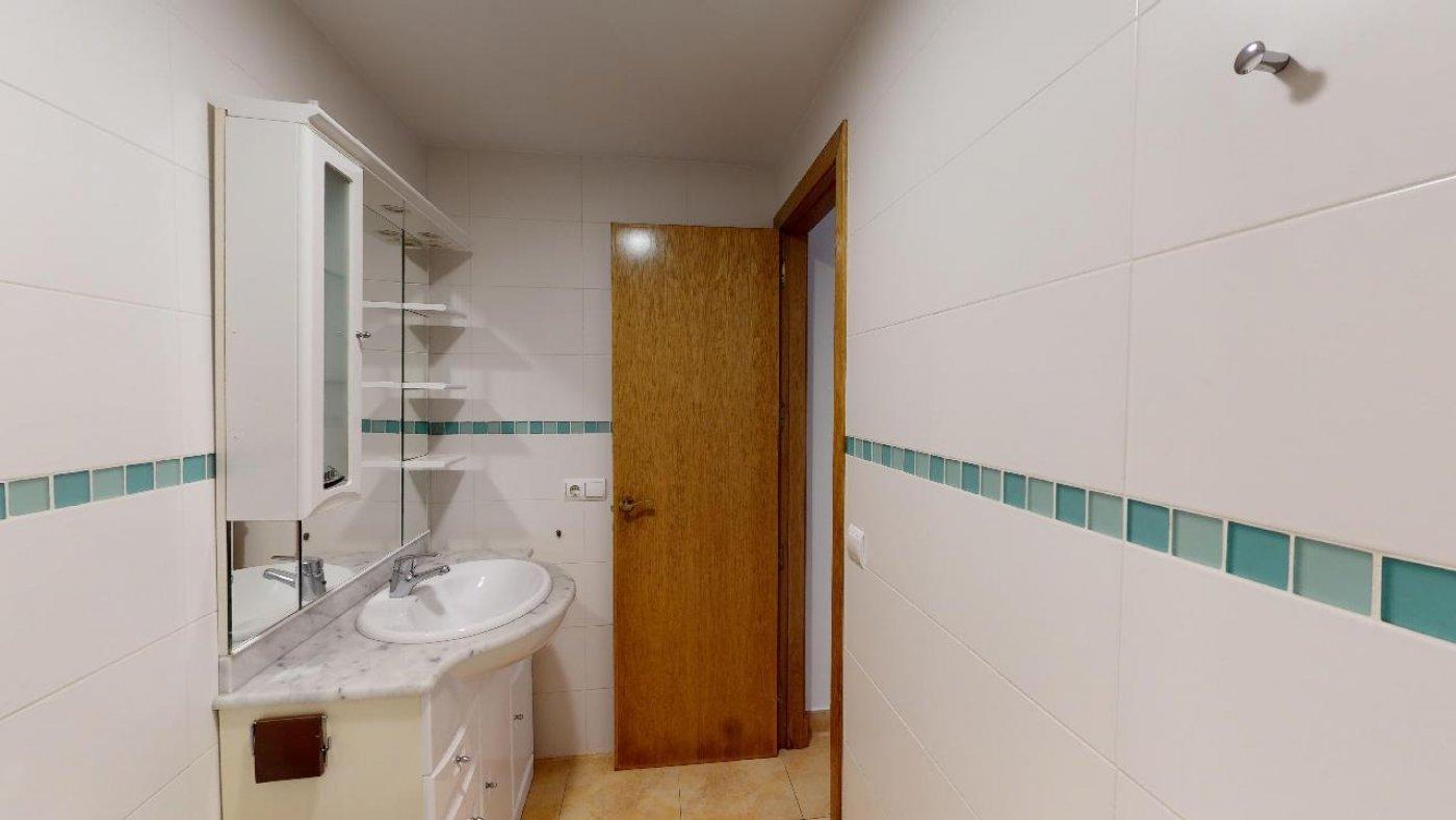 Conjunto de dos apartamentos con proyecto para hacer dúplex - imagenInmueble14