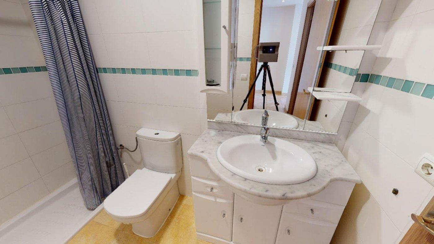 Conjunto de dos apartamentos con proyecto para hacer dúplex - imagenInmueble16