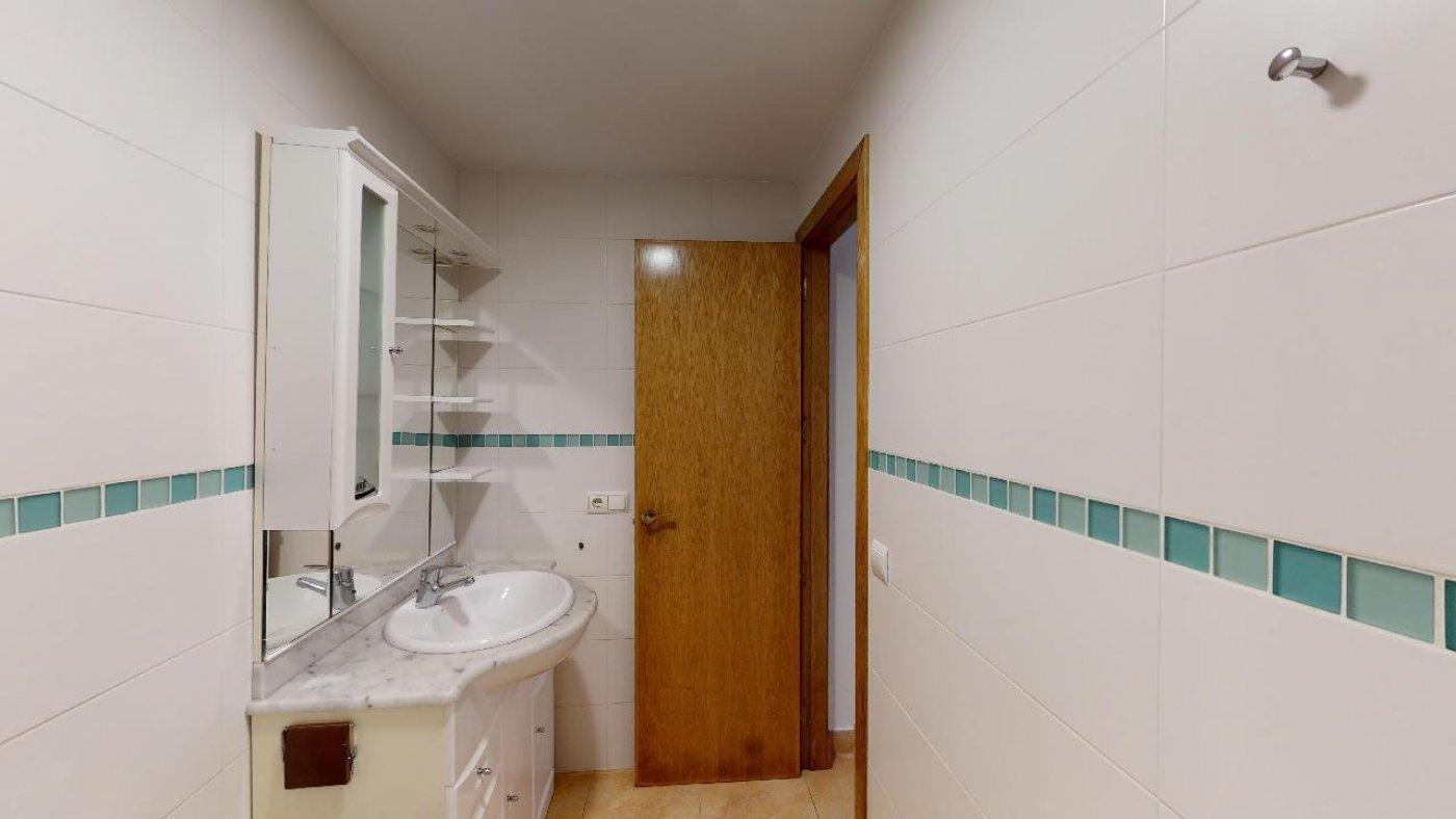 Conjunto de dos apartamentos con proyecto para hacer dúplex - imagenInmueble17