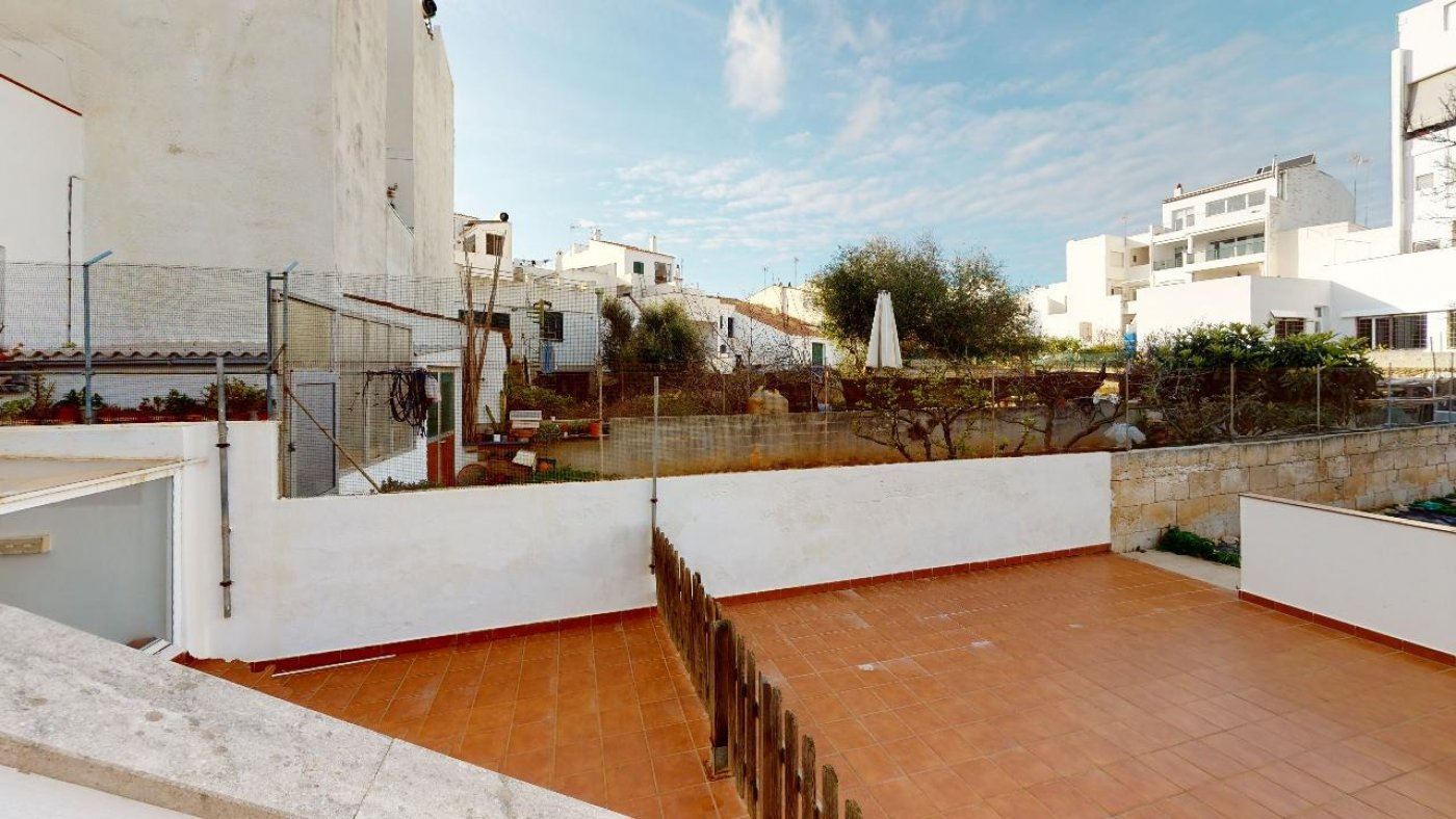 Conjunto de dos apartamentos con proyecto para hacer dúplex - imagenInmueble22