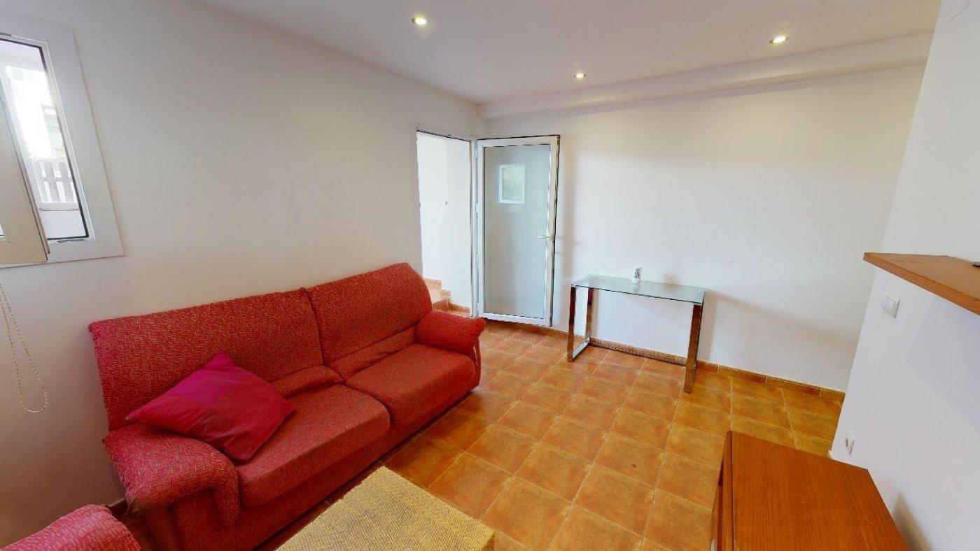 Conjunto de dos apartamentos con proyecto para hacer dúplex - imagenInmueble27