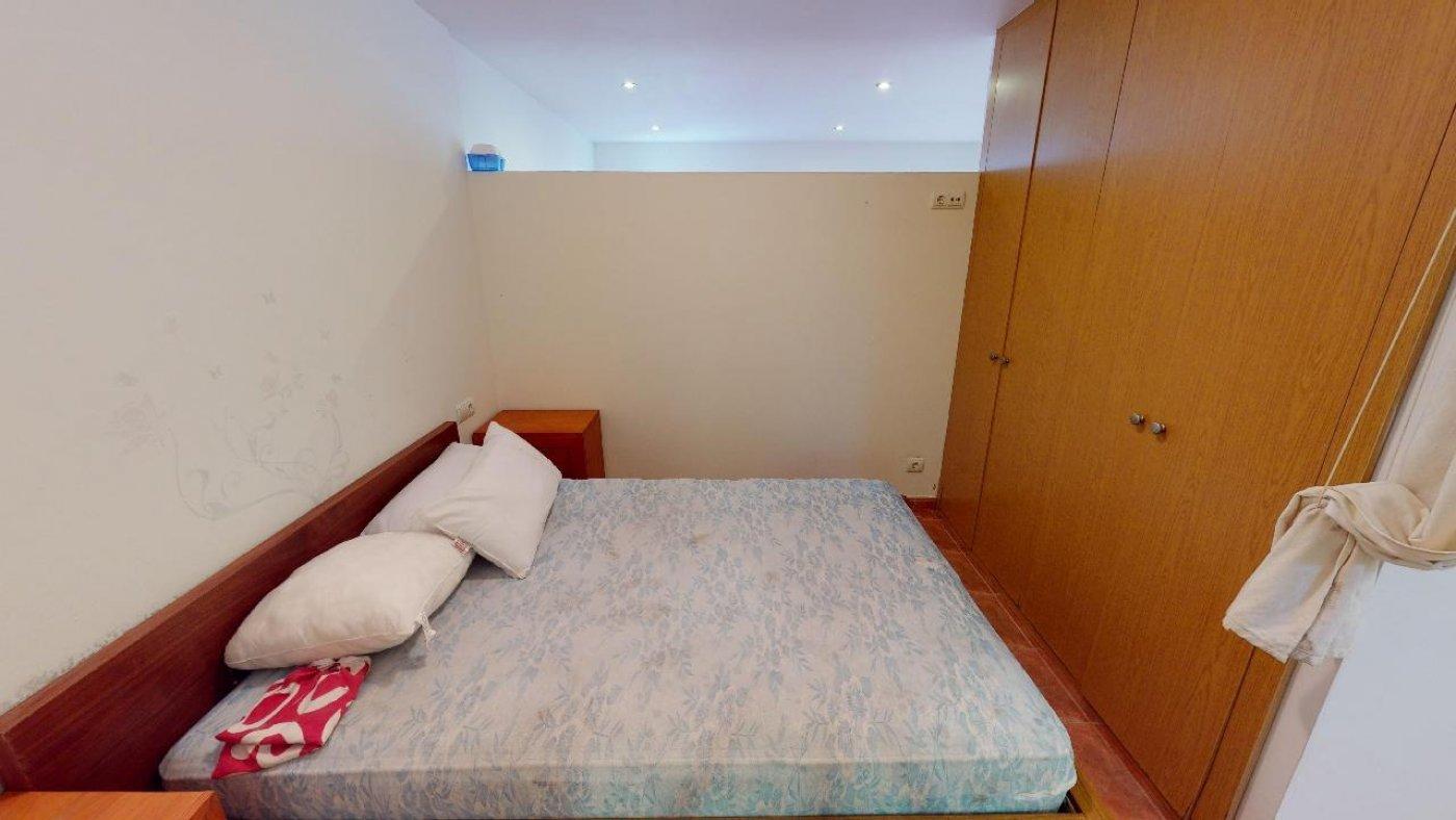 Conjunto de dos apartamentos con proyecto para hacer dúplex - imagenInmueble33