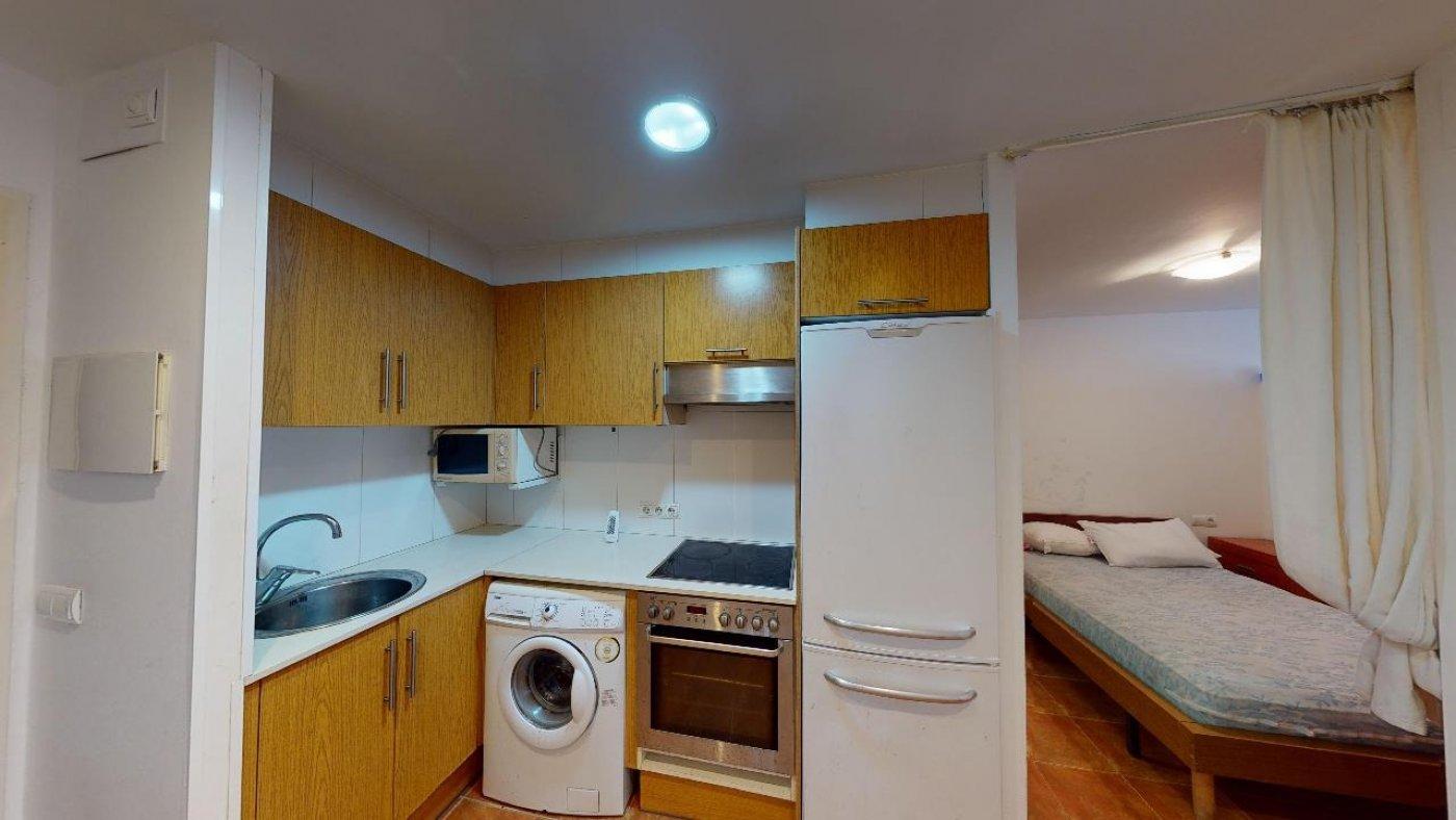 Conjunto de dos apartamentos con proyecto para hacer dúplex - imagenInmueble35