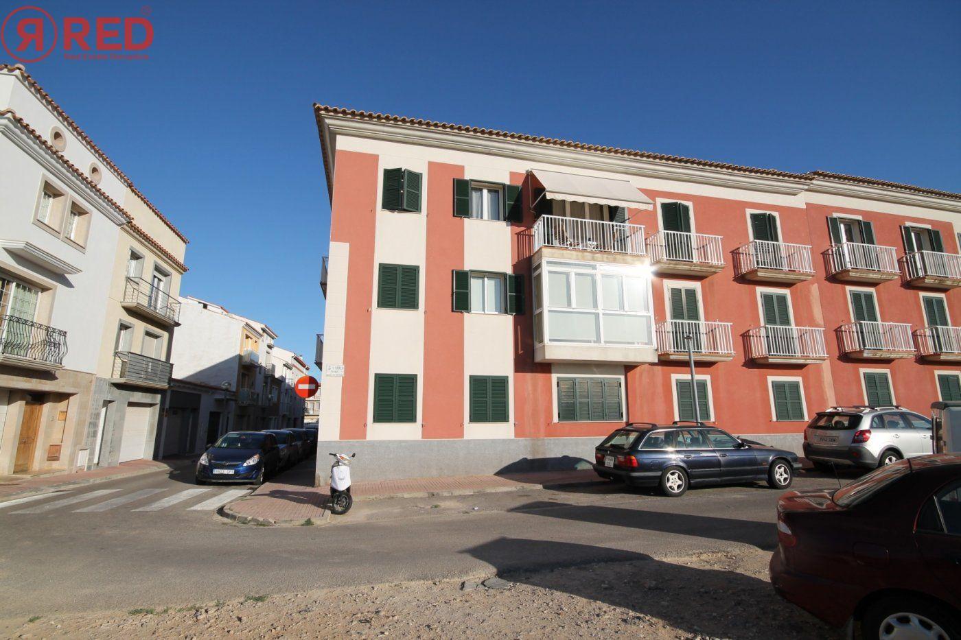 Dúplex con terraza y piscina comunitaria, equipamiento y mobiliario excepcional - imagenInmueble25