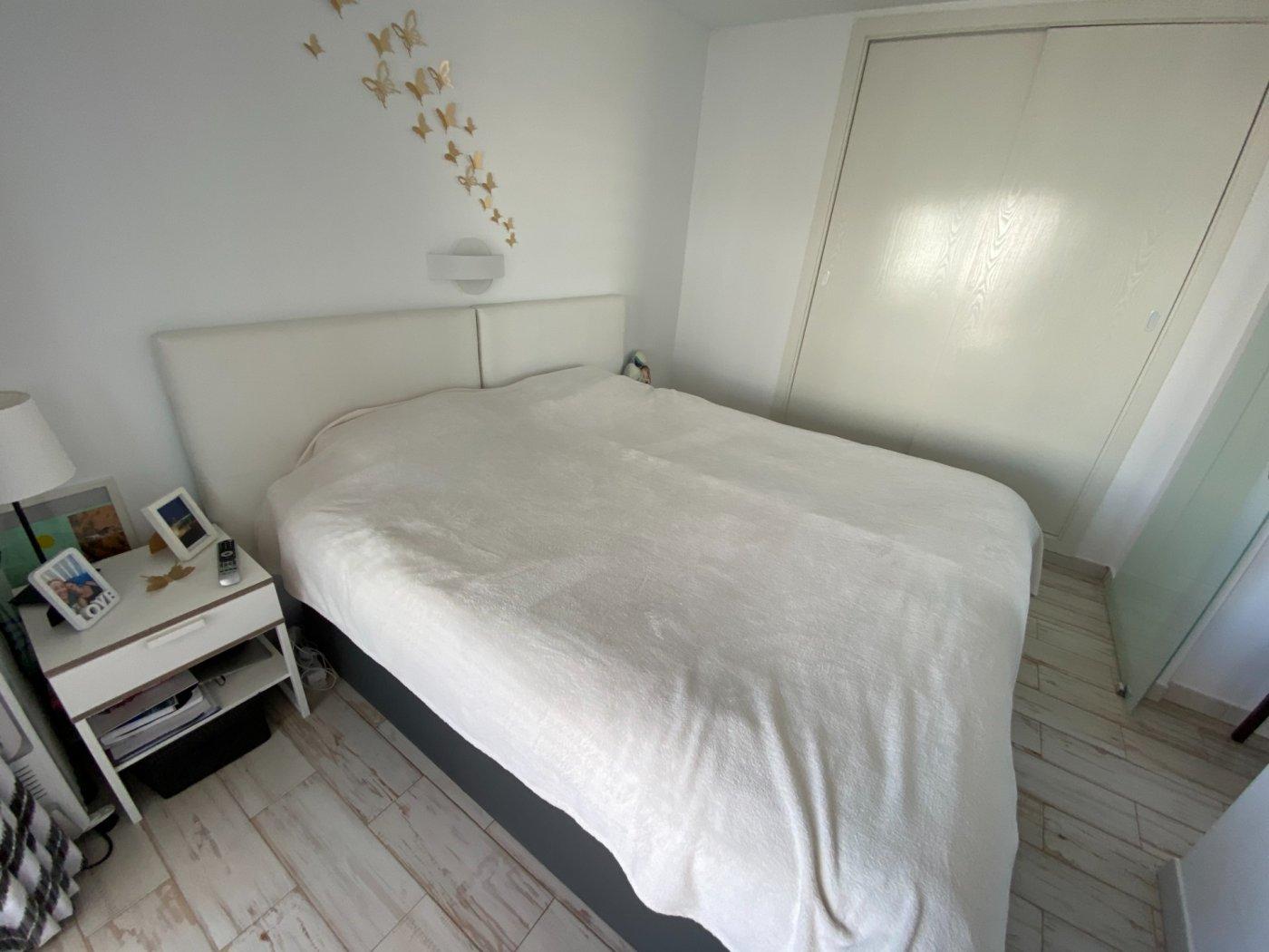 Alquiler con opcion de compra!espectacular apartamento con vistas al mar y parking propio - imagenInmueble17