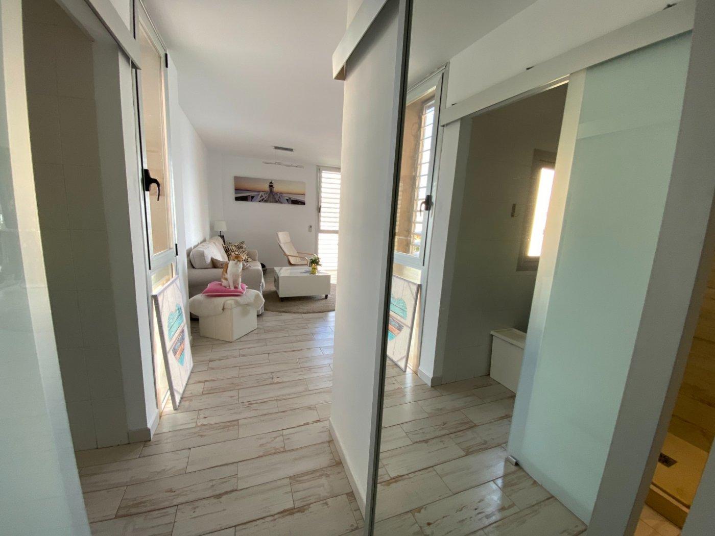 Alquiler con opcion de compra!espectacular apartamento con vistas al mar y parking propio - imagenInmueble34