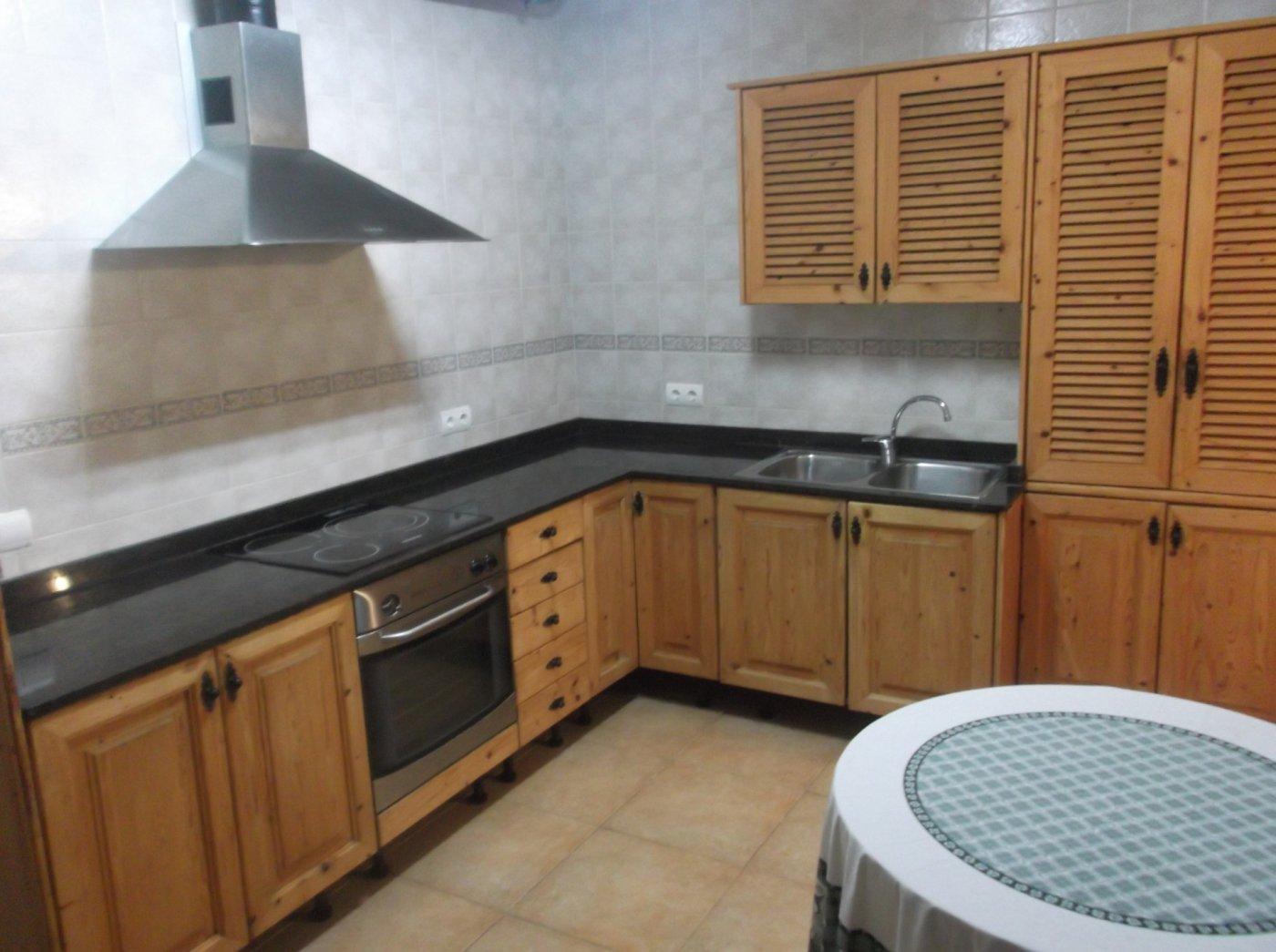 En venta casa de pueblo reformada 3 alturas estilo mallorquin centro llucmajor - imagenInmueble33