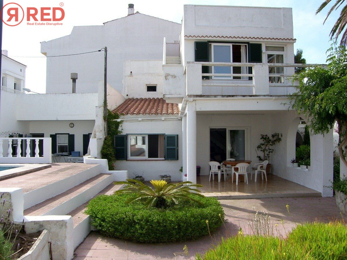Magnifica casa con jardín y piscina en el centro de la ciudad - imagenInmueble1