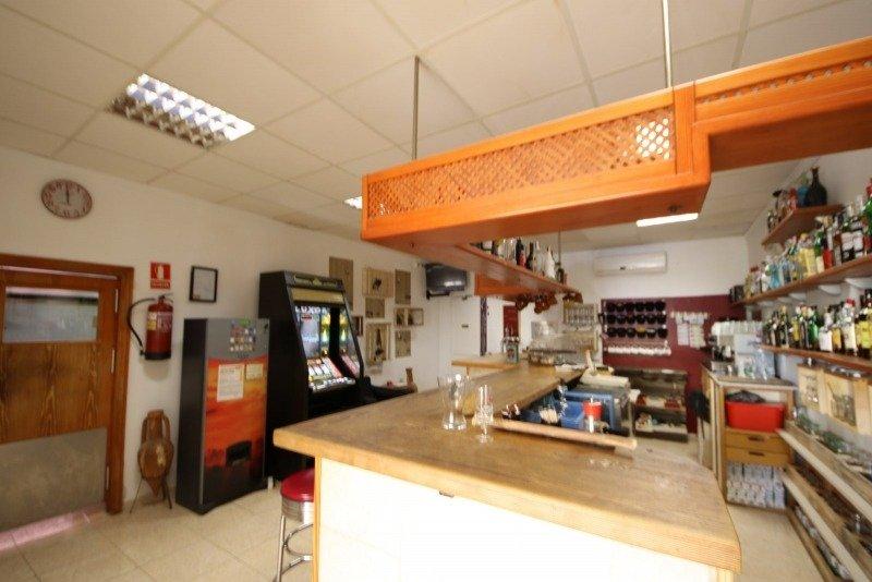 Local comercial en cala mendia, listo para su uso. - imagenInmueble4