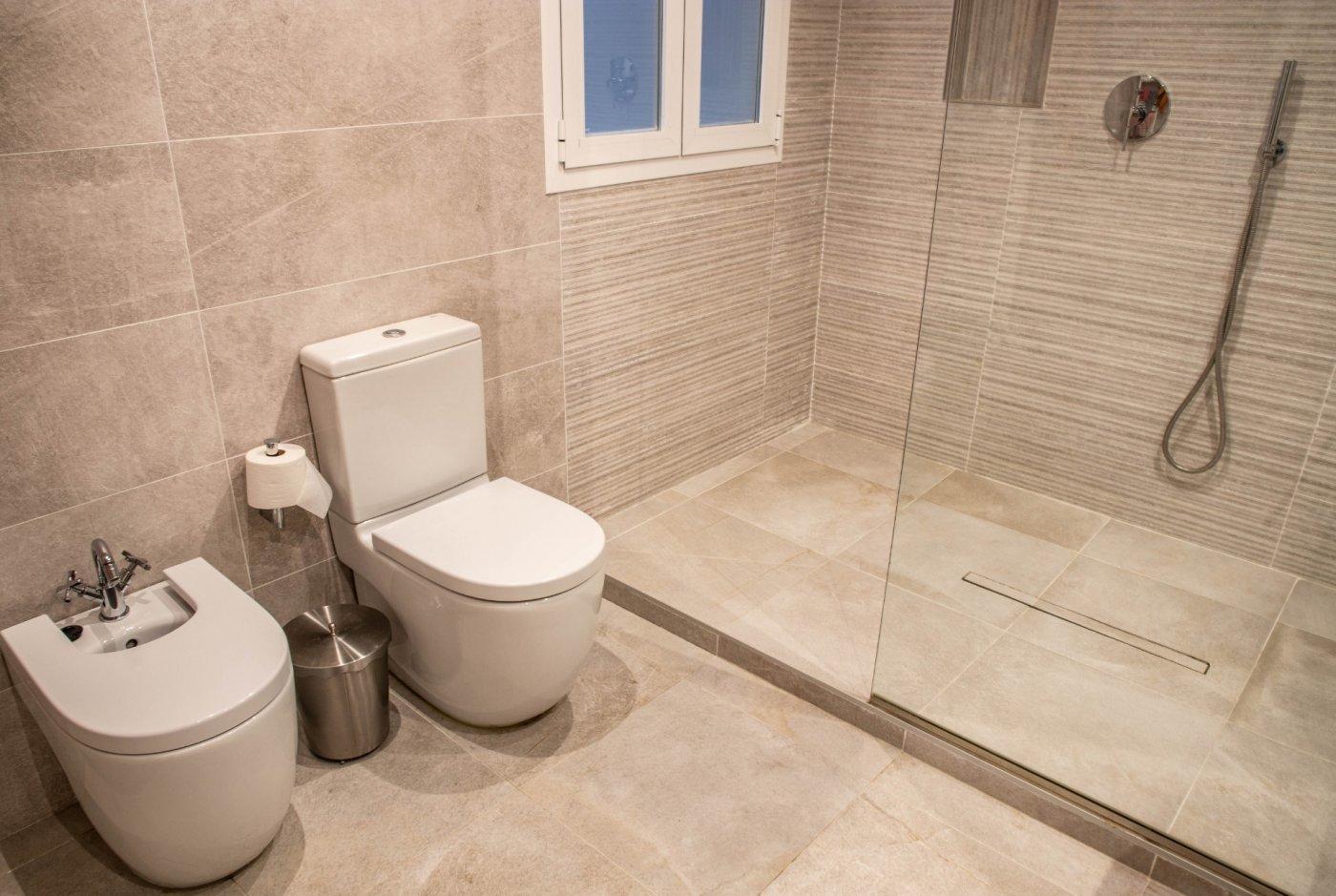 Excelente piso en muy buena ubicacion - imagenInmueble21