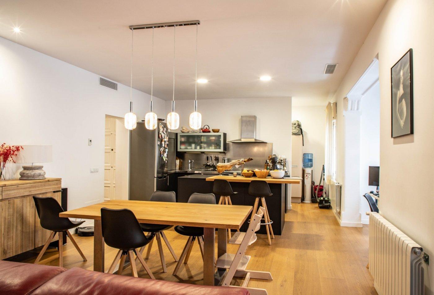 Excelente piso en muy buena ubicacion - imagenInmueble4