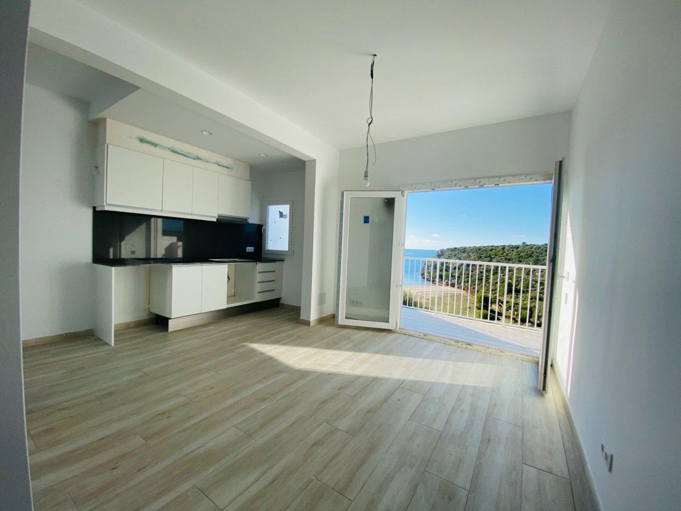 Conjunto de dos apartamentos con vistas a la playa - imagenInmueble22