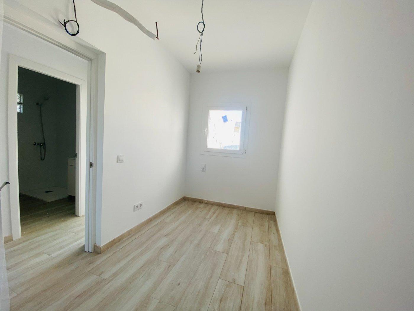 Conjunto de dos apartamentos con vistas a la playa - imagenInmueble34